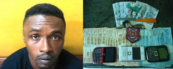 Ricardo com drogas e dinheiro apreendidos pelo Grupo Tático Móvel da PM