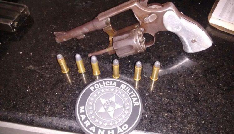 Policiais Militares prendem homem com arma de fogo em Santa Quitéria-MA
