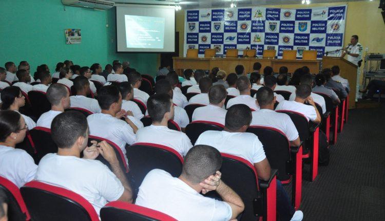Aprovados para quadro de saúde da PM participam de aula inaugural
