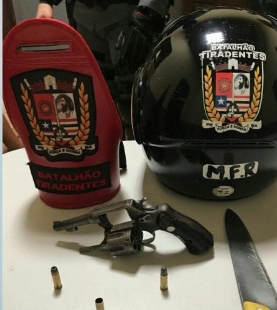 Armas encontrada com os suspeitos