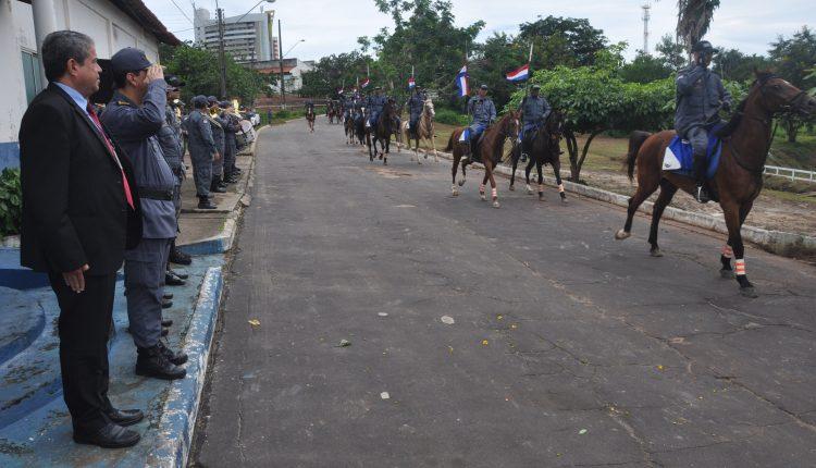 1º Esquadrão de Polícia Montada comemora dia da cavalaria