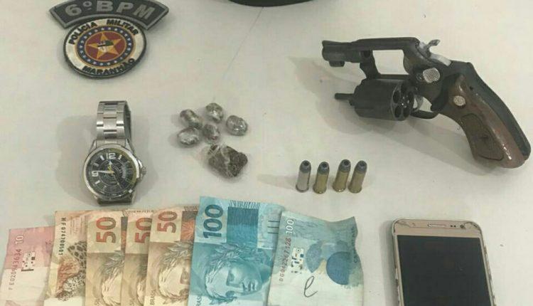 POLICIAIS MILITARES DO 6º BPM PRENDEM HOMENS COM ARMA E DROGAS