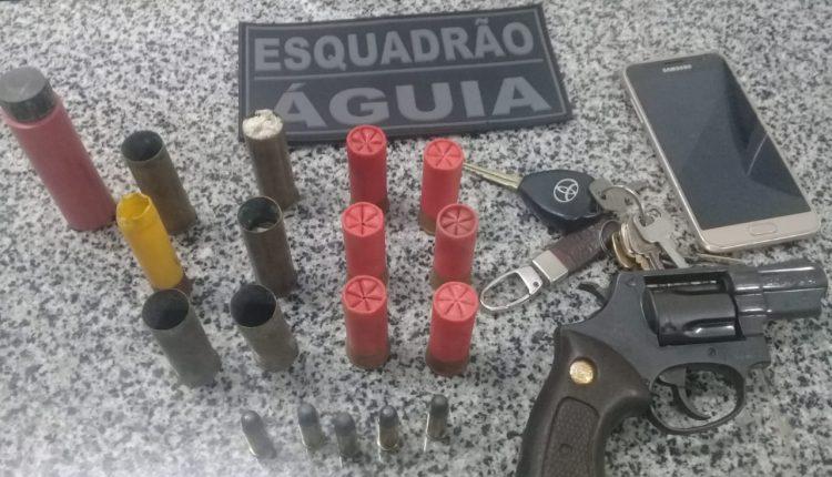 PM's do 10º BPM apreendem arma de fogo, munições e dinheiro em São Bento