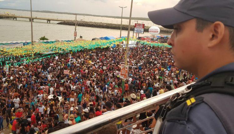 """Polícia Militar garante segurança no """"Lava boi"""" em Ribamar"""