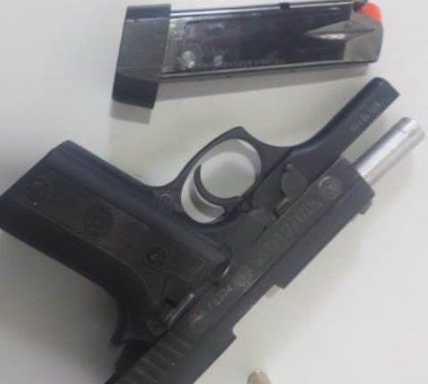 Homem é preso suspeito de realizar disparos de arma de fogo em via pública