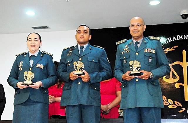 Oficiais da PMMA recebem Prêmio Remadd em reconhecimento às políticas de combate às Drogas
