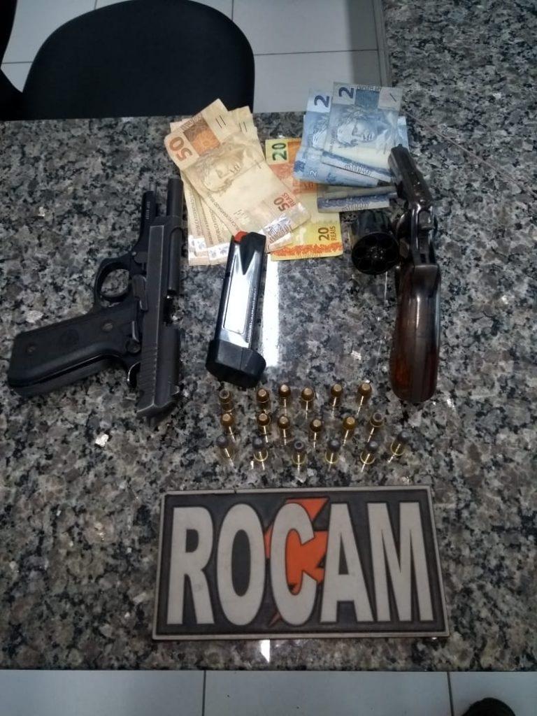 Homens são presos com armas e veículo roubado