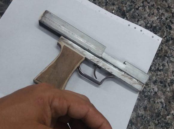 POLICIAIS DO 11º BPM APREENDEM ARMAS DE FOGO EM TIMON