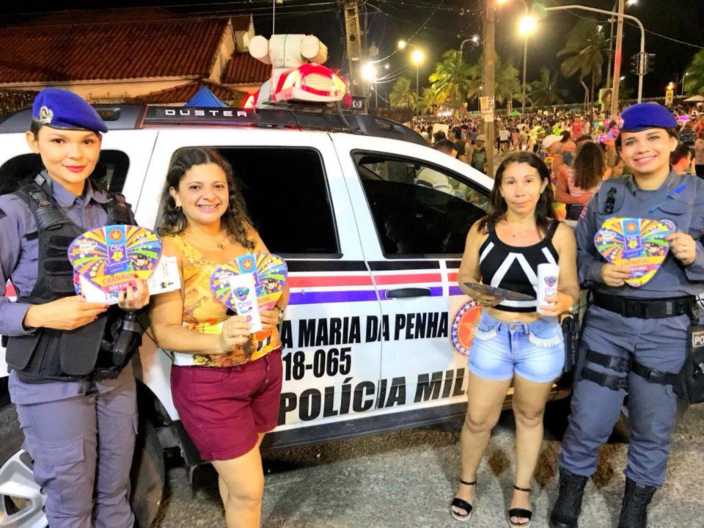 """Patrulha Maria da Penha orienta foliões sobre o crime de assédio durante o """"Carnaval de Todos"""" em São Luís"""