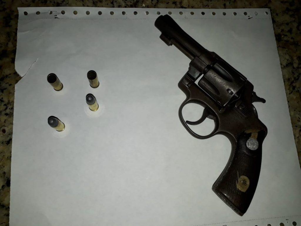 2º BPM retira de circulação mais duas armas de fogo em Caxias