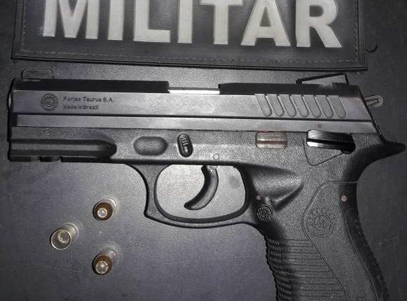 Policiais do 5º BPM prendem homem por porte ilegal de arma de fogo