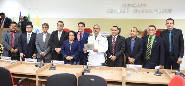 Oficial da PMMA é homenageado com o título de Cidadão Timonense