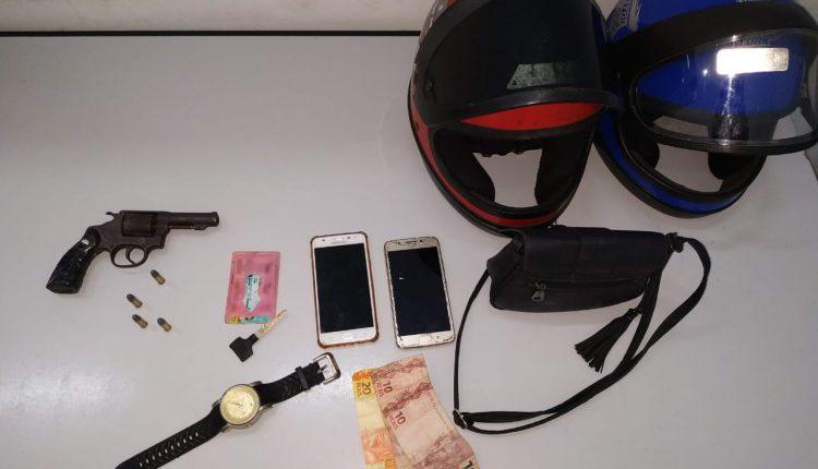 Policiais militares do 1º BPM apreendem arma de fogo na Vila Isabel