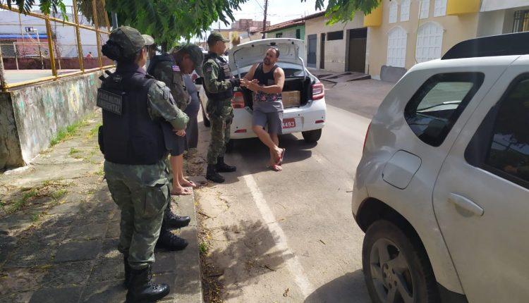 Policiais do BPA prendem suspeitos de trafico de animais no bairro do COHATRAC