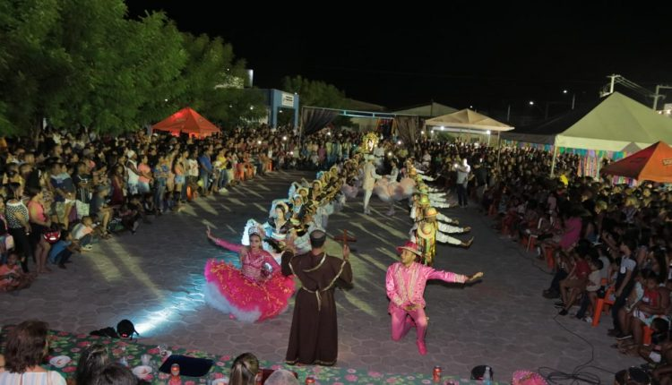 "17º BPM realiza o 3º ""Arraiá du Puliça"" promovendo a cultura junina na cidade de Codó"