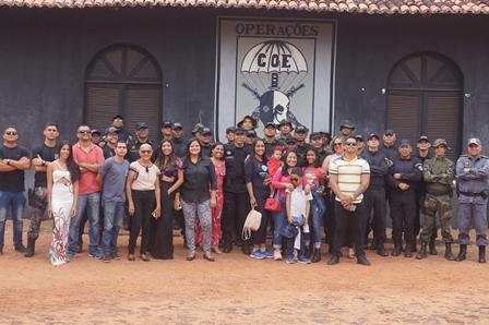COE homenageia policiais militares pelos 30 anos de serviço na PMMA