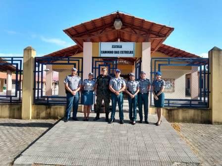 Comando de Segurança Comunitária visita Escola Caminho das estrelas na Base aérea de Alcântara.