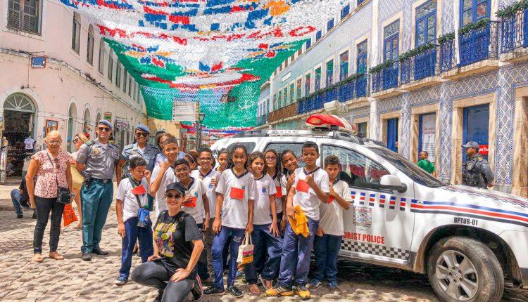 Polícia Militar promove visita de escola no Centro Histórico de São Luís