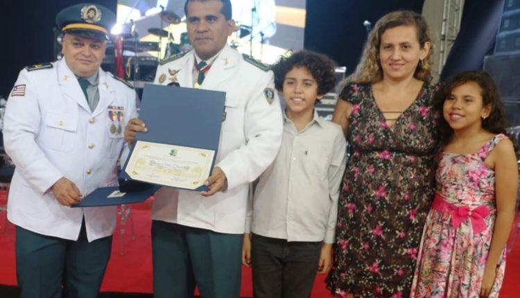 Diretor do CMT II recebe título de cidadão imperatrizense e comenda da Câmara Municipal