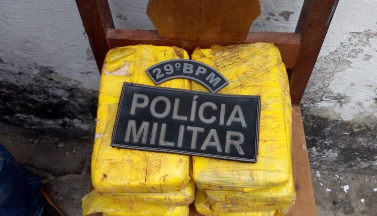 Polícia Militar prende suspeitos por tráfico de drogas no interior