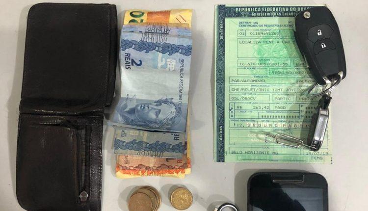 Polícia militar recupera carro roubado e liberta vitima que estava presa no porta-malas