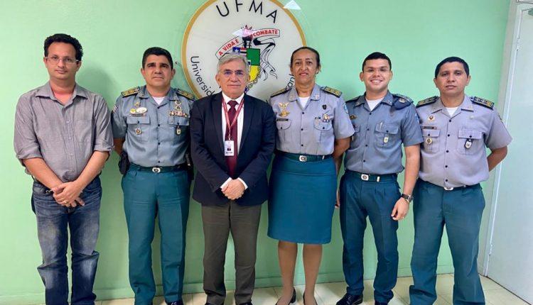 POLÍCIA MILITAR E UNIVERSIDADE FEDERAL REAFIRMAM COMPROMISSO COM A SOCIEDADE
