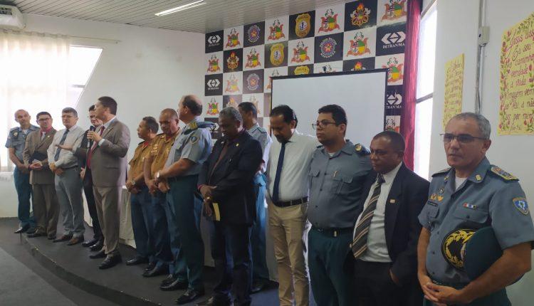 Secretário de Segurança Pública e Comandante Geral da PMMA participaram de um momento de oração e comunhão com Deus