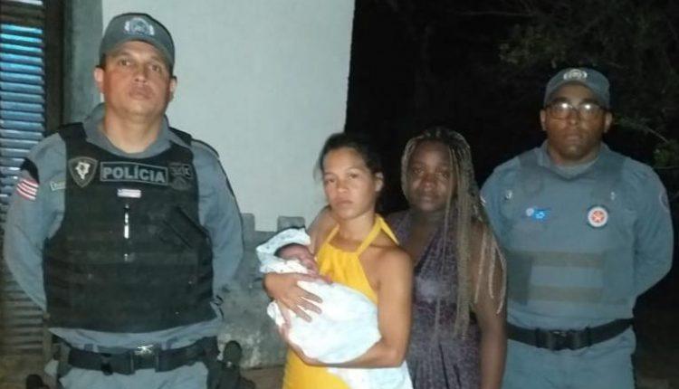 Policial Militar salva bebê engasgado na Vila Vitória