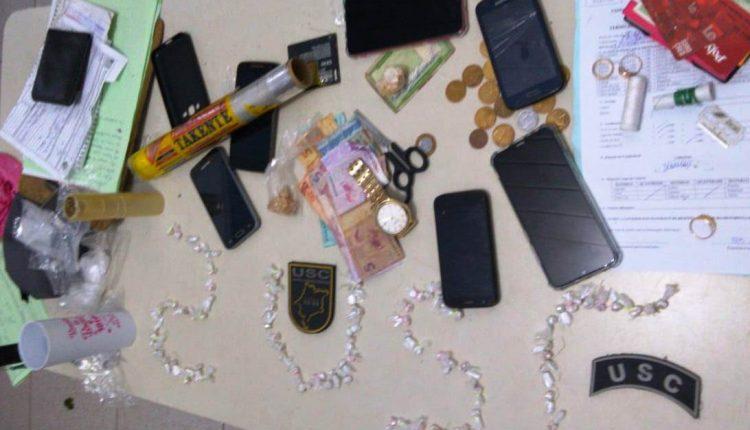 Polícia Militar apreende drogas e celulares no bairro do Bom Jesus