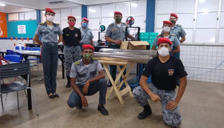 O Colégio Militar Tiradentes V realiza confecção de protetores faciais