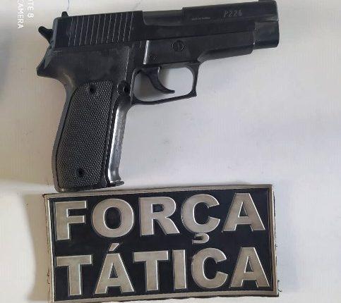 PMMA apreende arma de fogo falsa com homem em Codó