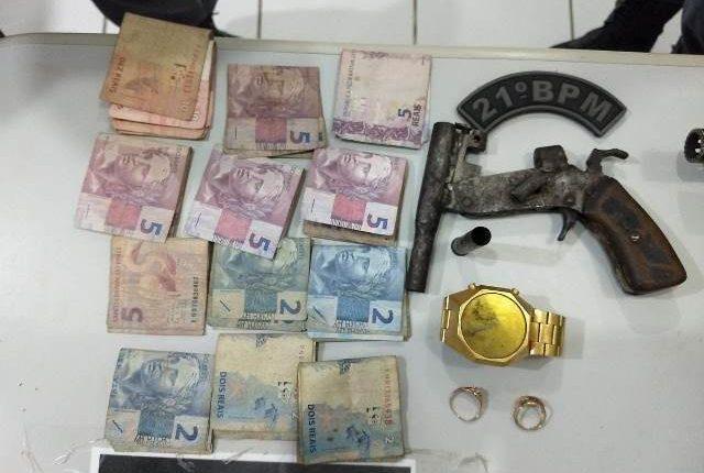 Polícia Militar prende homem com arma de fogo na BR 135 em São Luís