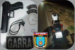 POLICIA MILITAR APREENDE MOTO FURTADA E SIMULACRO DE ARMA DE FOGO NA MA-202 • PM/MA 2