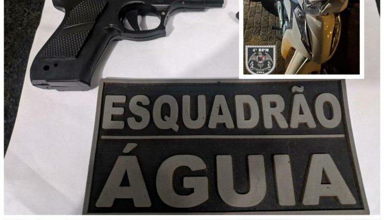 Polícia Militar prende dupla acusada de praticar assaltos e recupera moto roubada em Balsas-MA