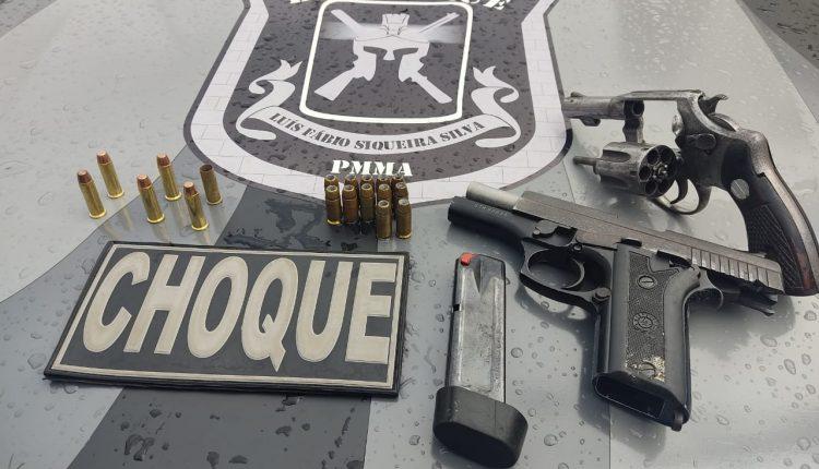 PMMA PRENDE SUSPEITOS COM DUAS ARMAS DE FOGO